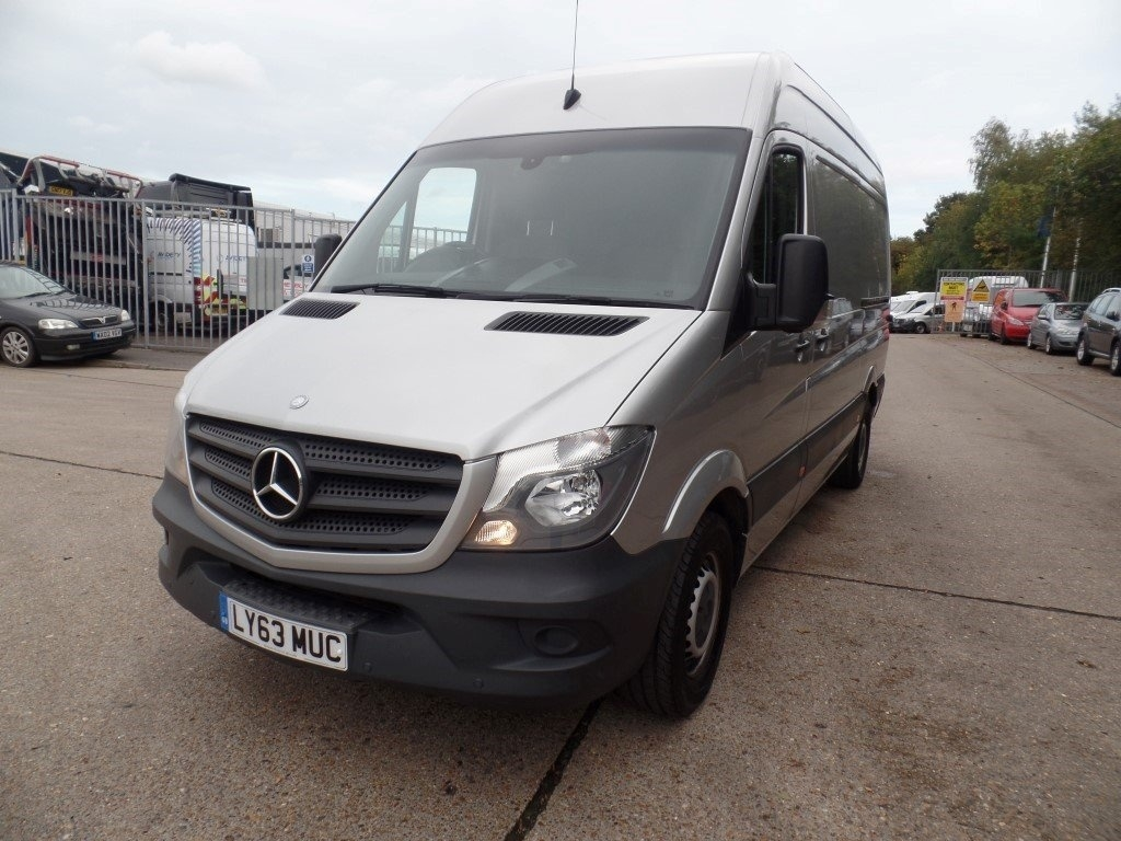 Mercedes-Benz Sprinter 2.1 CDI 316 Panel Van 4dr MWB