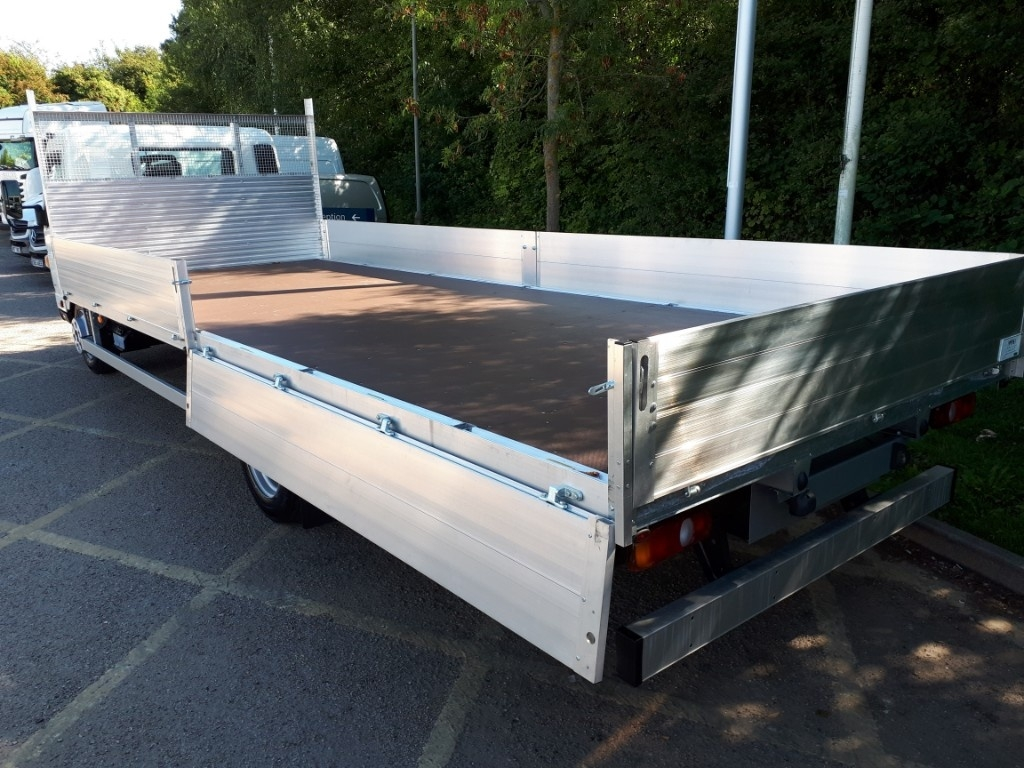 FUSO Canter 7C15 21ft Dropside Manual=4t Payload ! - image 2