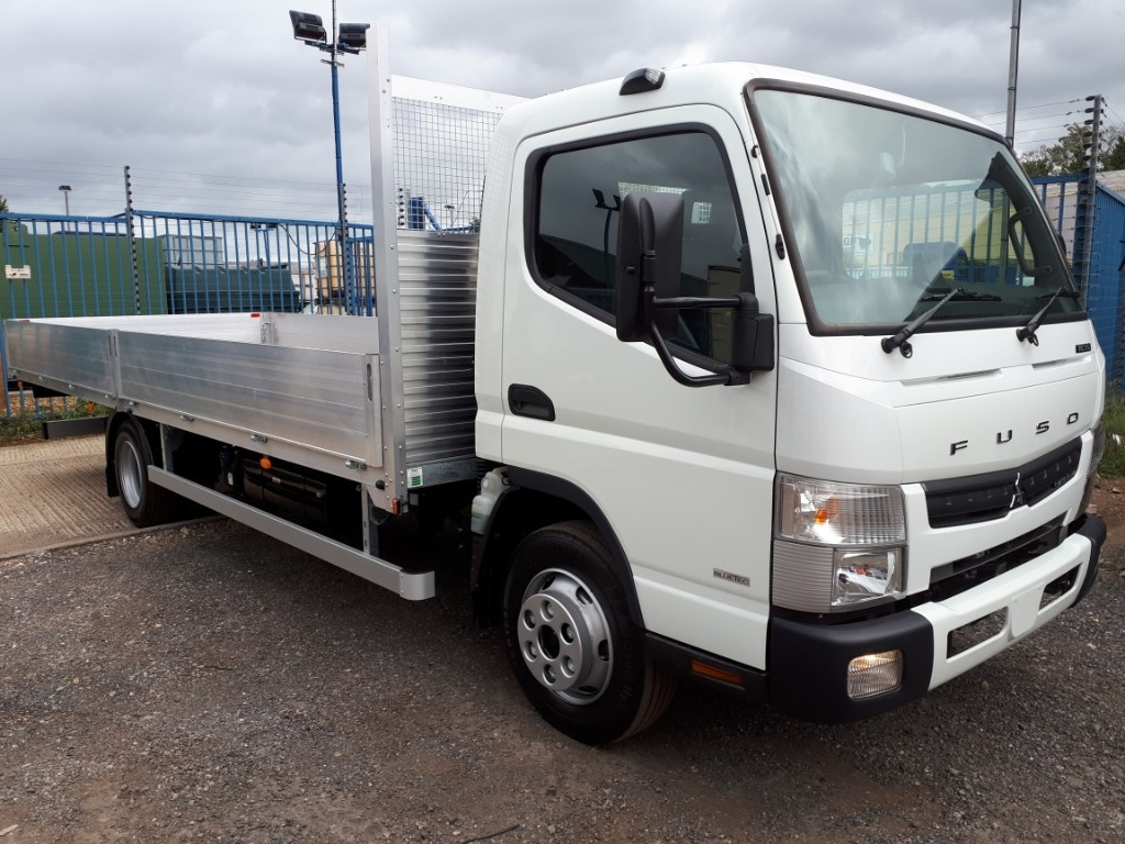 FUSO Canter 7C15 21ft Dropside Manual=4t Payload ! - image 1