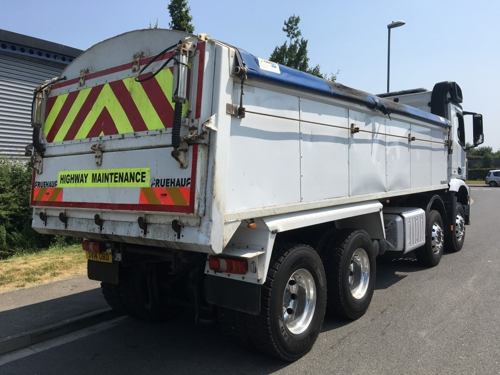Mercedes-Benz Arocs Euro 6 Insulated tipper - image 4