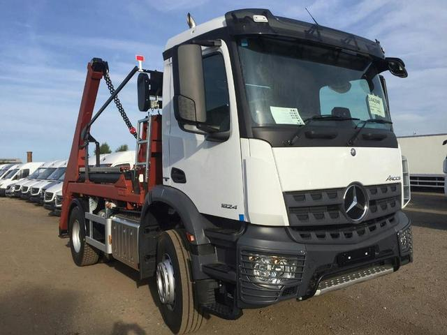 MERCEDES-BENZ AROCS 1824K Skip Loader Brand New Unregistered and available Now