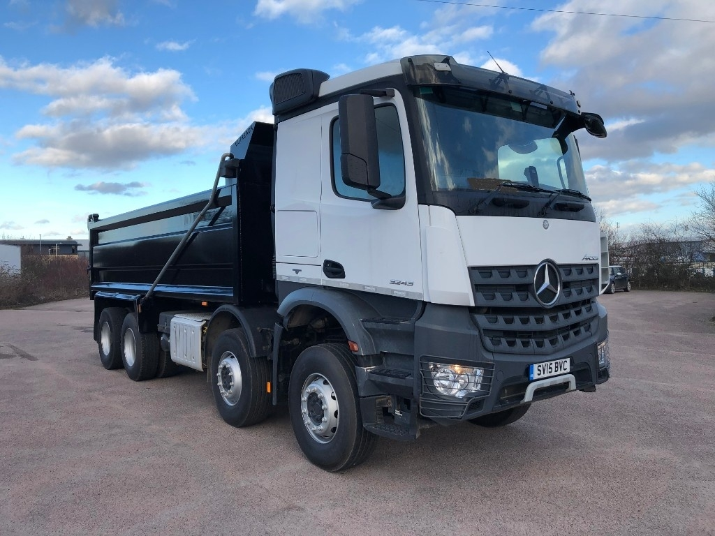 Mercedes-Benz Approved Used Commercial Trucks