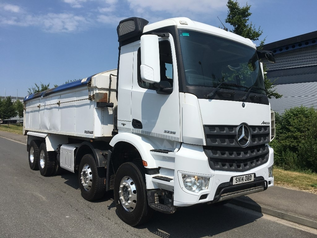 Mercedes-Benz Arocs Euro 6 Insulated tipper - image 1