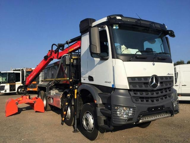 MERCEDES-BENZ AROCS 3240K Tipper Grab Brand New & Available Now
