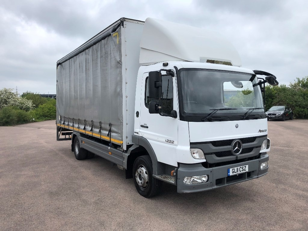 Mercedes-Benz Atego Curtainsider