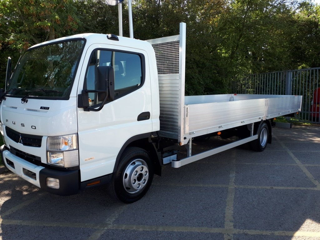 FUSO Canter 7C15 21ft Dropside Manual=4t Payload ! - image 4