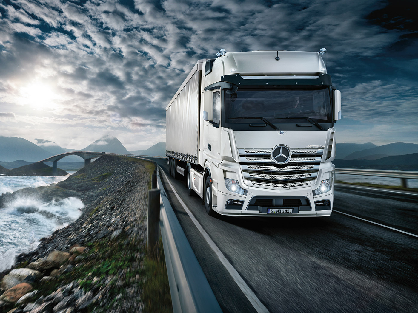 Actros | Mercedes-Benz | Sparshatts of Kent